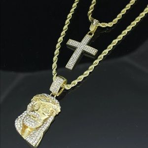 NEW Mens Jesus and Cross necklace
